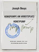 Joseph Beuys: Honigpumpe am Arbeitsplatz